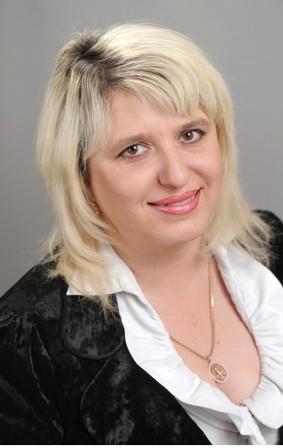 Зайчикова Марина Николаевна - директор.