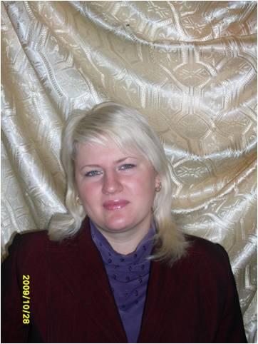 Баранова Ольга Дмитриевна - учитель физики и музыки.